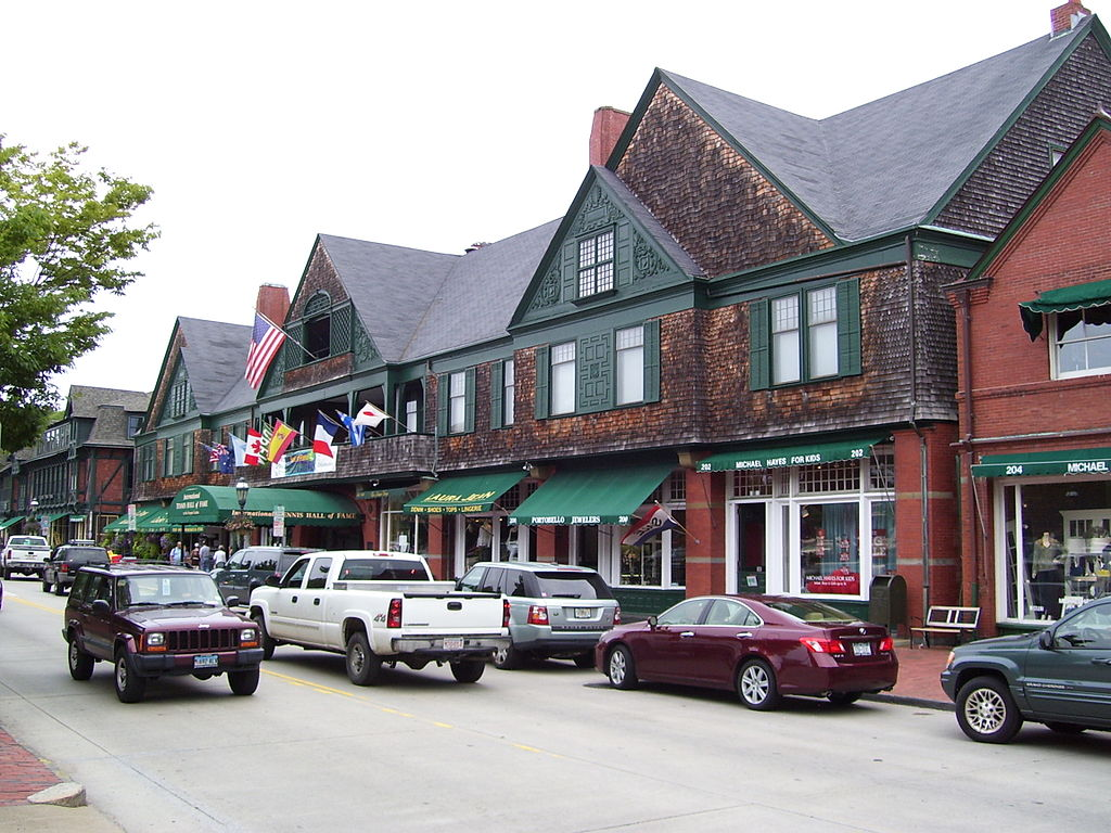 Gingy's third outpost is in the historic Newport Casino, next to the Tennis Hall of Fame.
