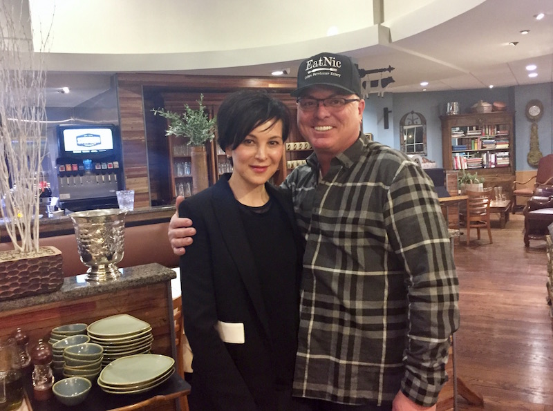 Gail and John Scardapane, creators of the Eatnic concept.