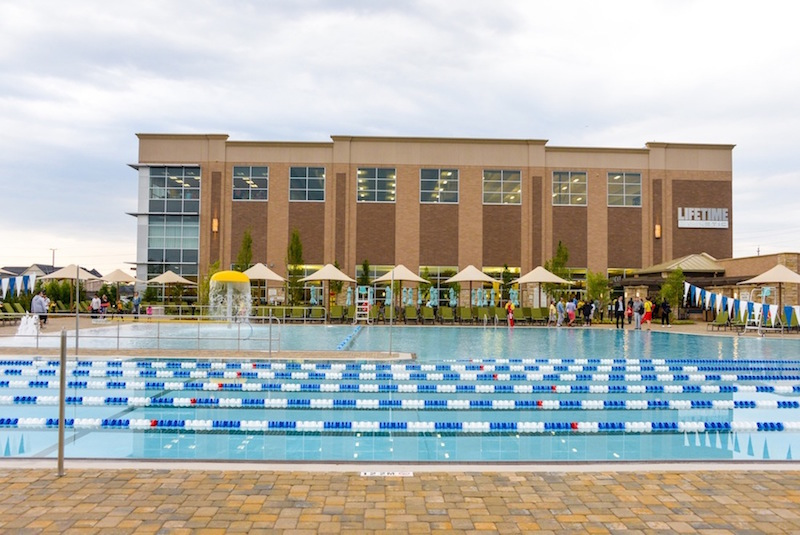 When it opens in June, the outdoor aquatic center at Life Time KOP/Wayne will look similar to this one in Ontario.