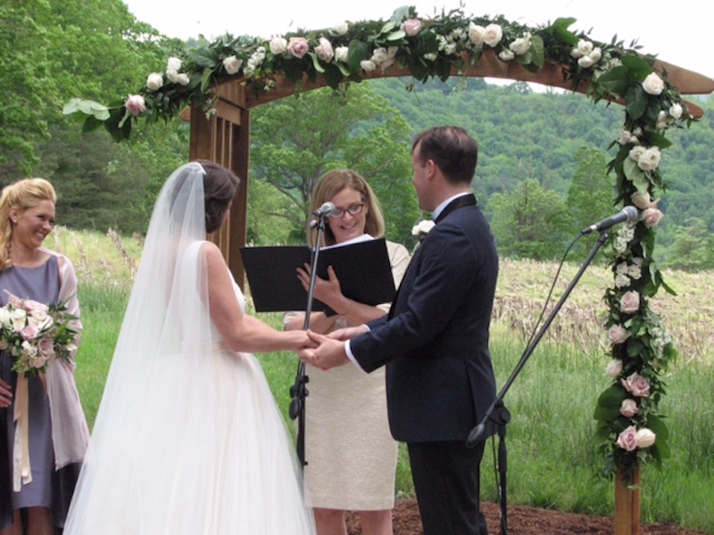 Kasie Hunt Wedding.Social Edition Nbc News Stoga Star Kasie Hunt S Wedding Exclusive